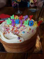 CLAIRE & COLIN'S CAKE (2)